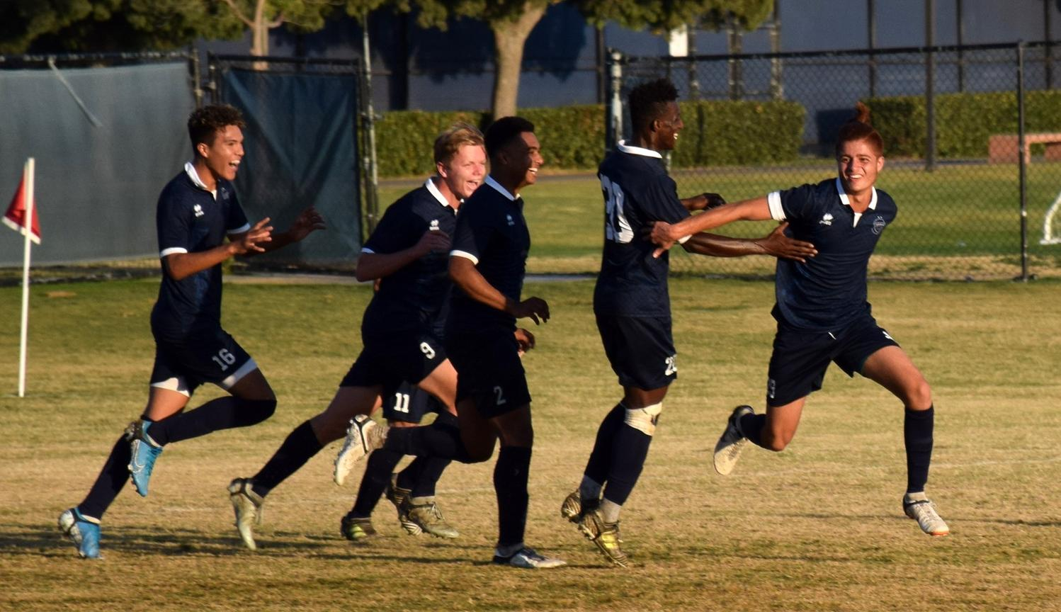 Men's soccer team caps big week with 3-1 win over Santa Ana