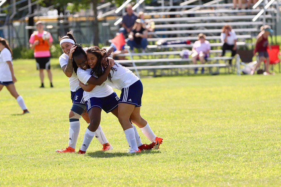 Three score goals as Iowa Central wins, 3-2