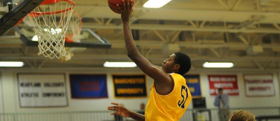 Men's Basketball Loses at Trine