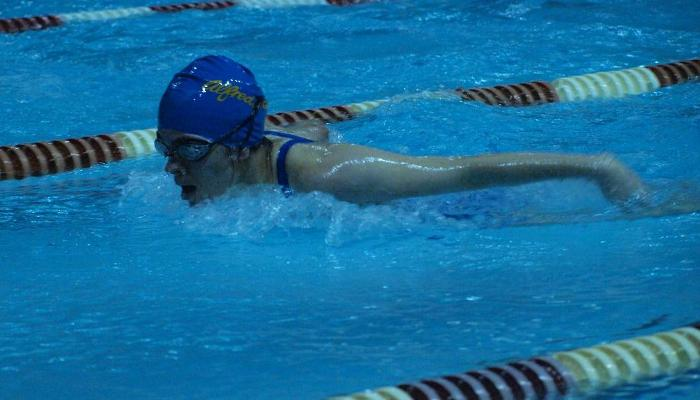 Swim Team Finishes 7th at North Country Invite