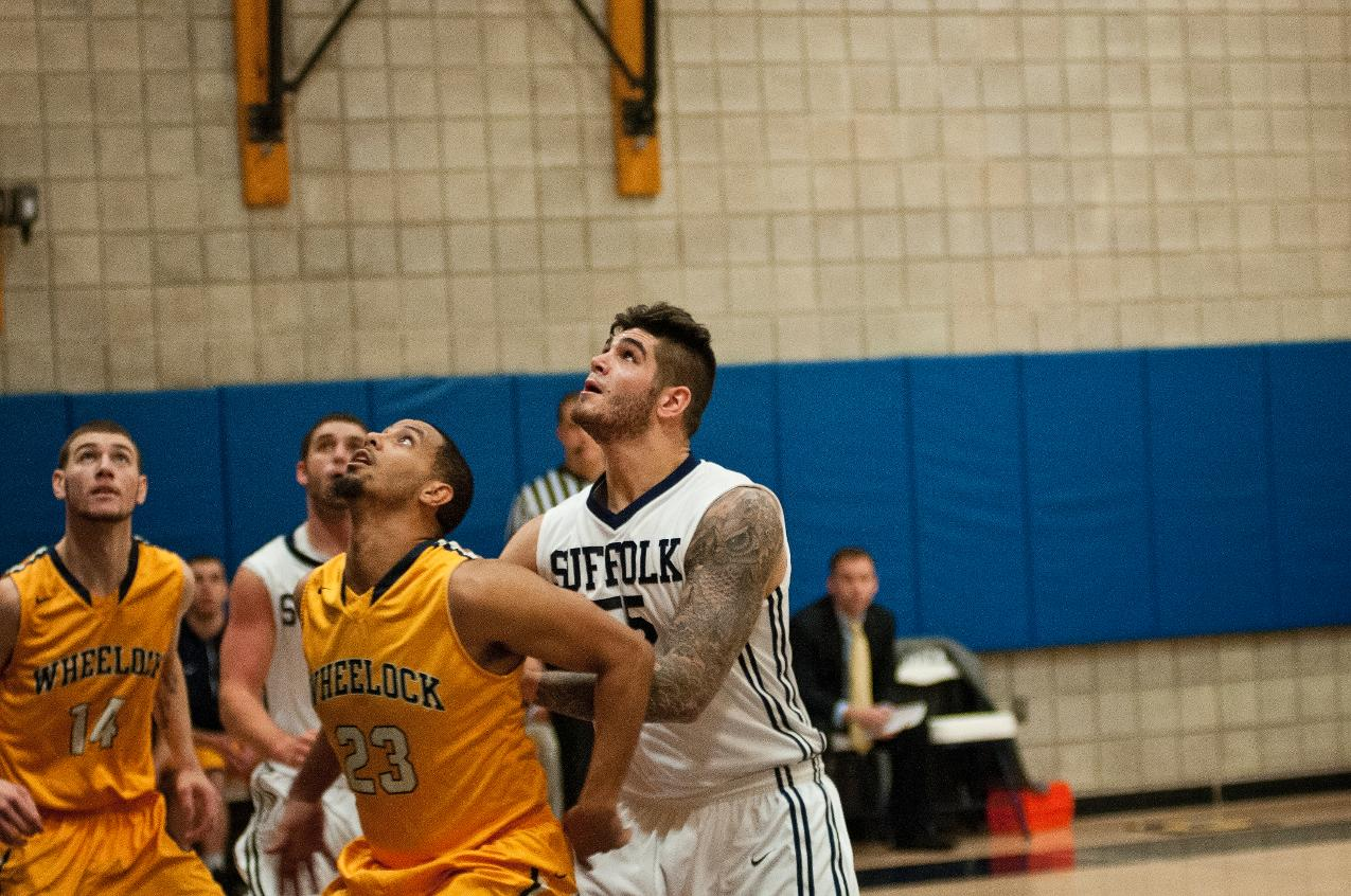 Men's Basketball Wraps up Road Swing at New England College Sunday