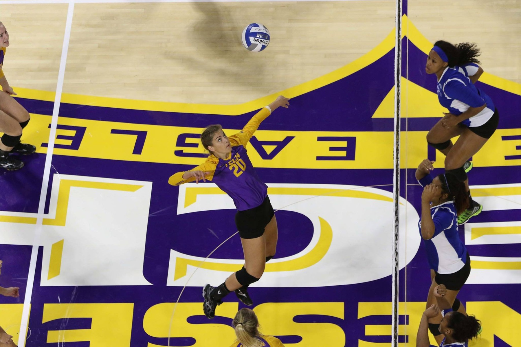 Tech volleyball falls to Harvard in Holiday Inn Invitational finale