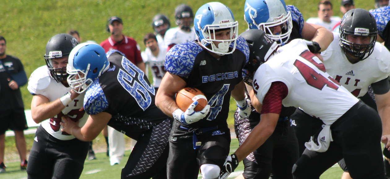 Football holds off MIT, 17-10