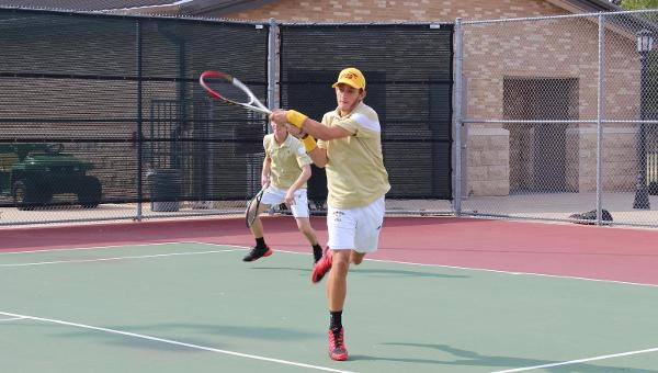 Men's Tennis Suffers Defeat to Southwestern 7-2
