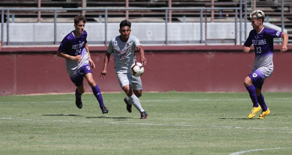 Men's Soccer Posts Another Shutout, Beating Evansville, 2-0, on Sunday