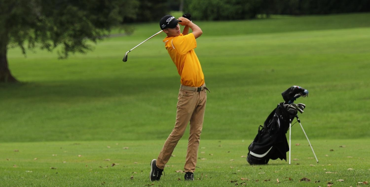Noah Boundy shot a career-best 82 in round one of the Oswego State Fall Invitational
