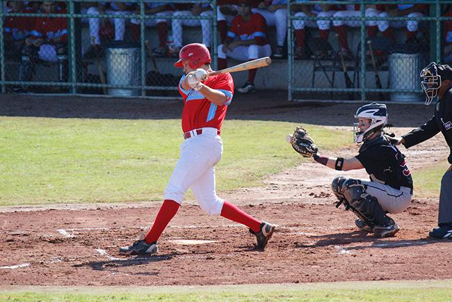 Hunter Robson led the offense with three hits (Photo by Jacob Dewald)