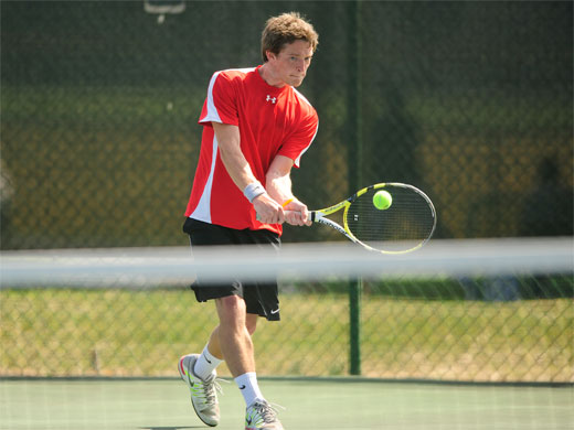 Men's tennis stings Randolph-Macon
