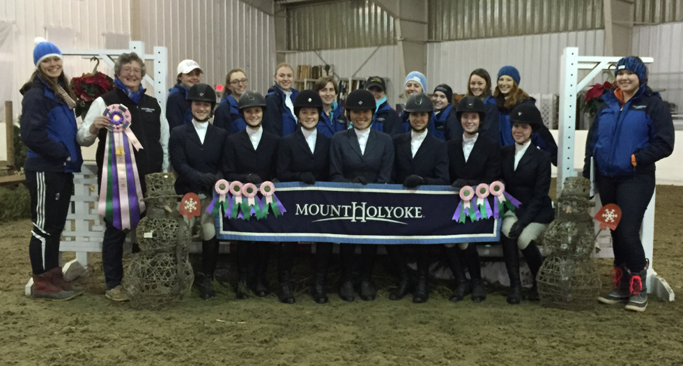 Riding Posts Fifth at Holiday Tournament of Champions