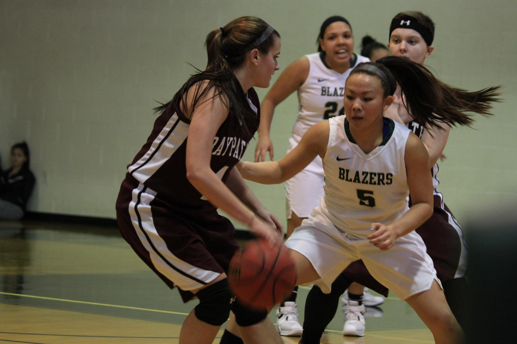 Women's Basketball Trumps Bay Path