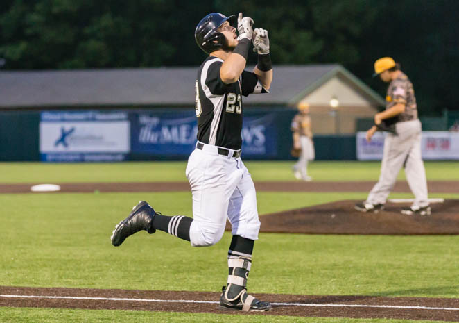 Rascals Finish Sweep of CornBelters