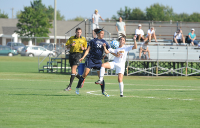 Women's soccer wins third straight, 2-0, over Hood