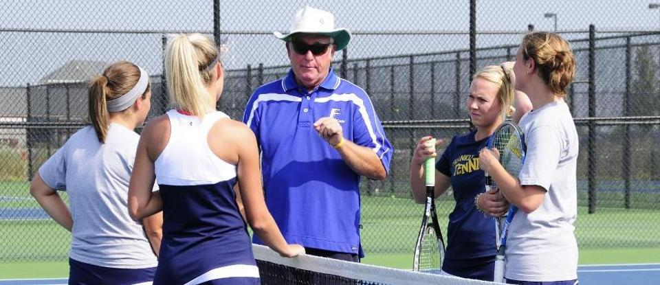 Women's Tennis Beats Hanover 8-1