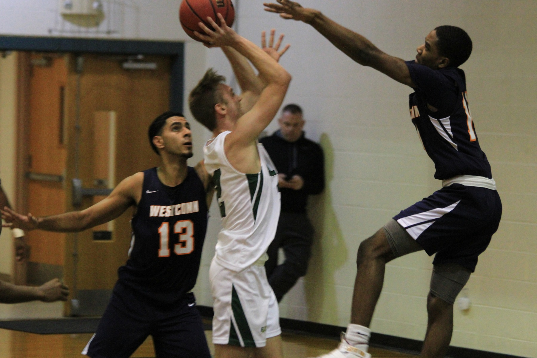 Men's Basketball Win Streak Ends At Three After