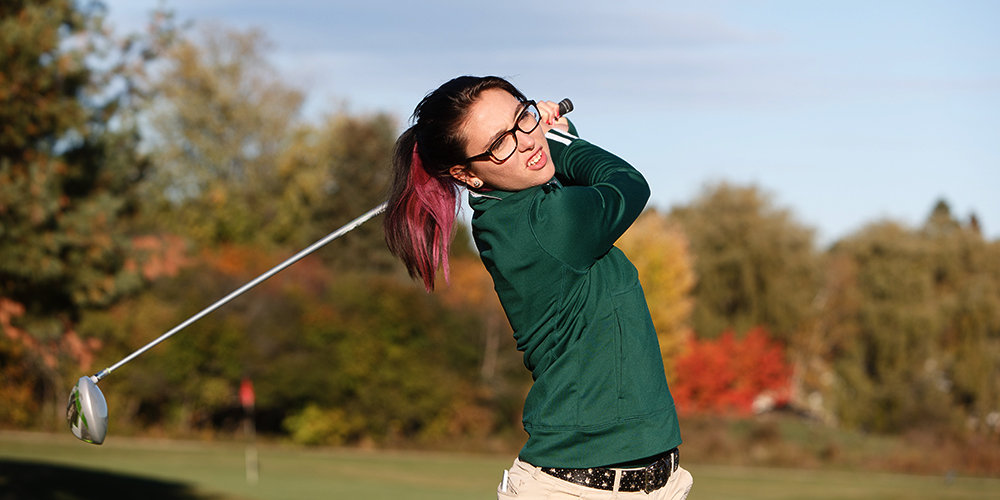 Women's Golf Perform Well at the George Phinney Golf Classic