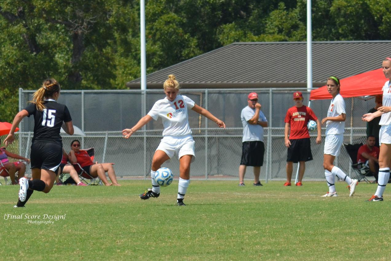 'Roo Women's Soccer Falls to Dallas