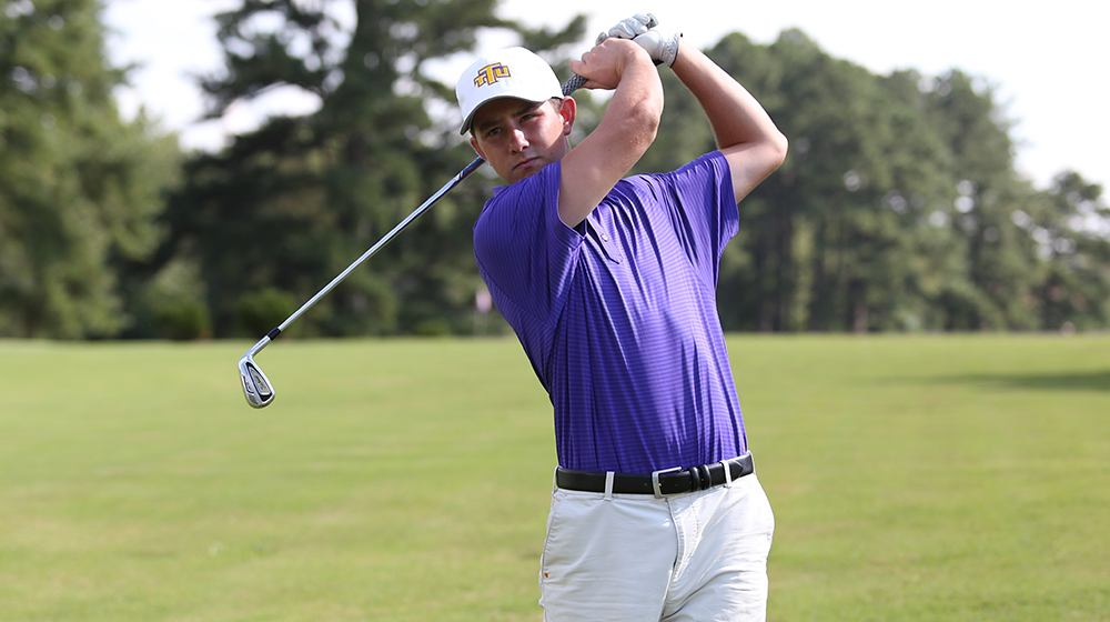 Golden Eagles round out GolfWeek Program Challenge with steady third round
