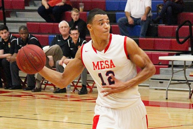 Noe Anabir scored a career high 22 points in Mesa's loss to Phoenix College Saturday night. (Photo by Aaron Webster)