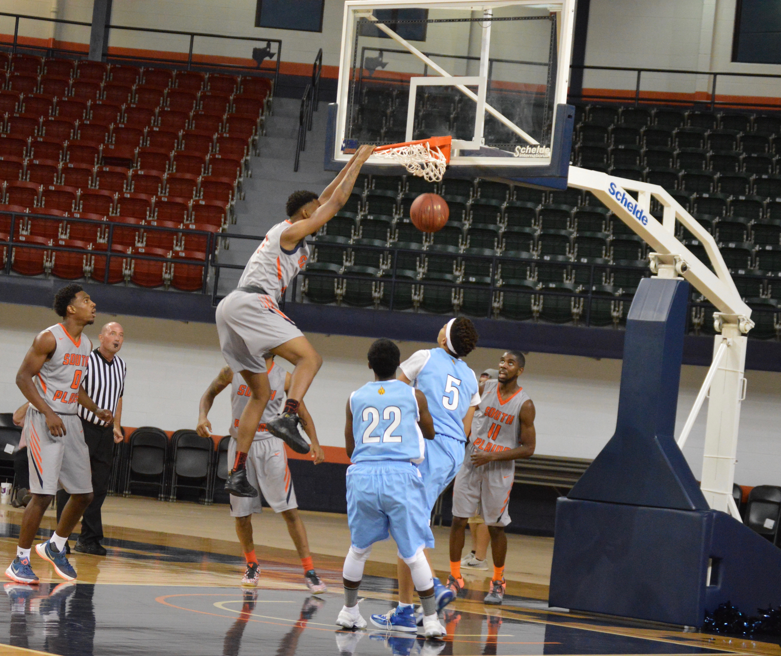 Gallinat leads Texans to 136-38 drumming of Wayland Baptist JV