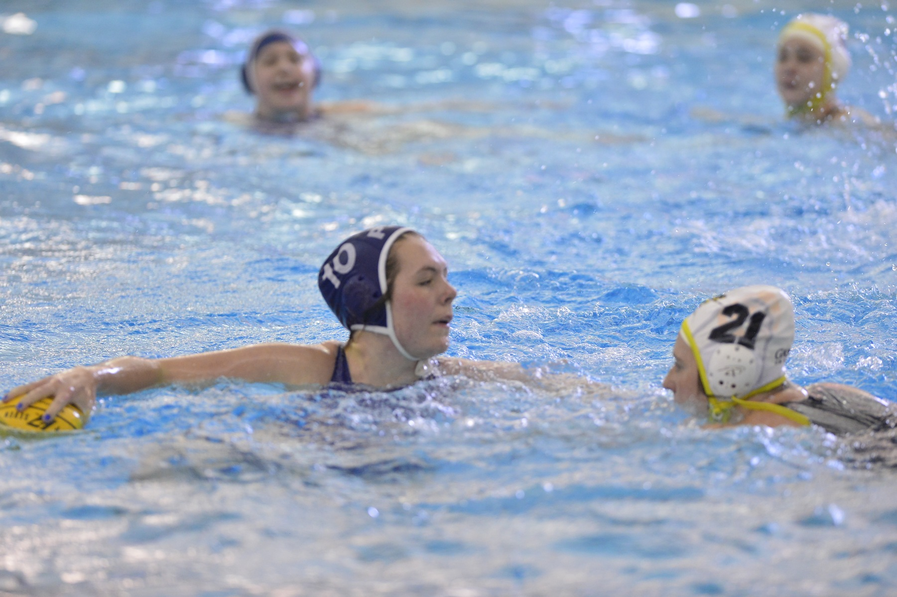 Women's Water Polo Tops Grove City in CWPA Tournament