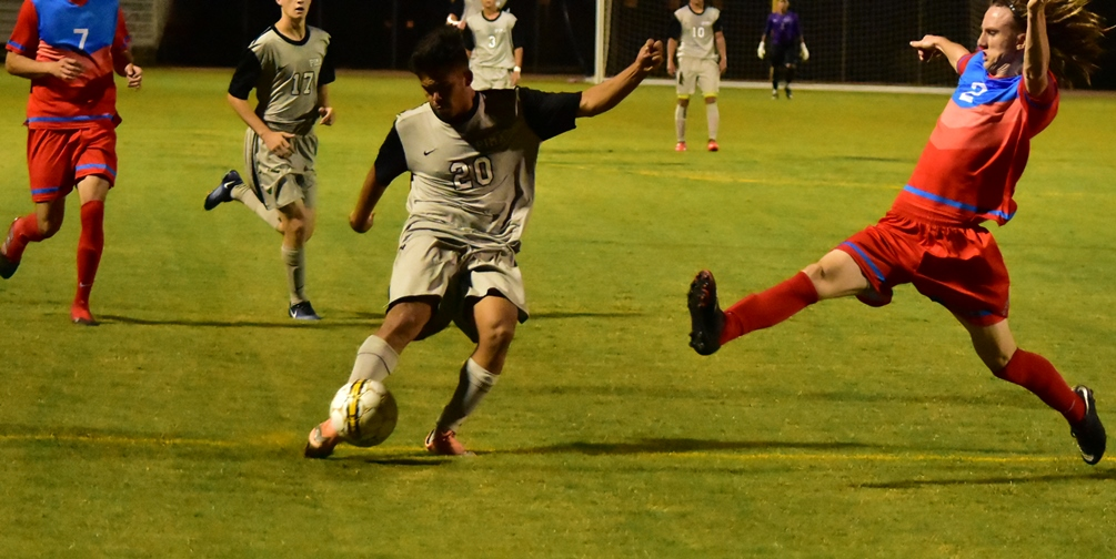 Sophomore Julian Gaona (Tucson HS) put the Aztecs ahead 1-0 with his goal in the 7th minute but Arizona Western College would tie it in the second half and it would stay that way. The Aztecs are 7-1-2 on the season. Photo by Ben Carbajal.