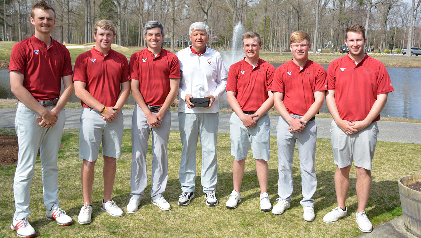 The YSU Men's Golf team wins the 2019 Towson Spring Invitational (Photo courtesy of Towson Athletics)