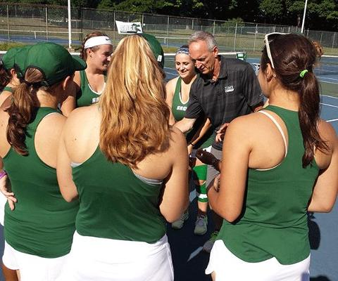 Gators drop opening day action to Hartwick in women's tennis