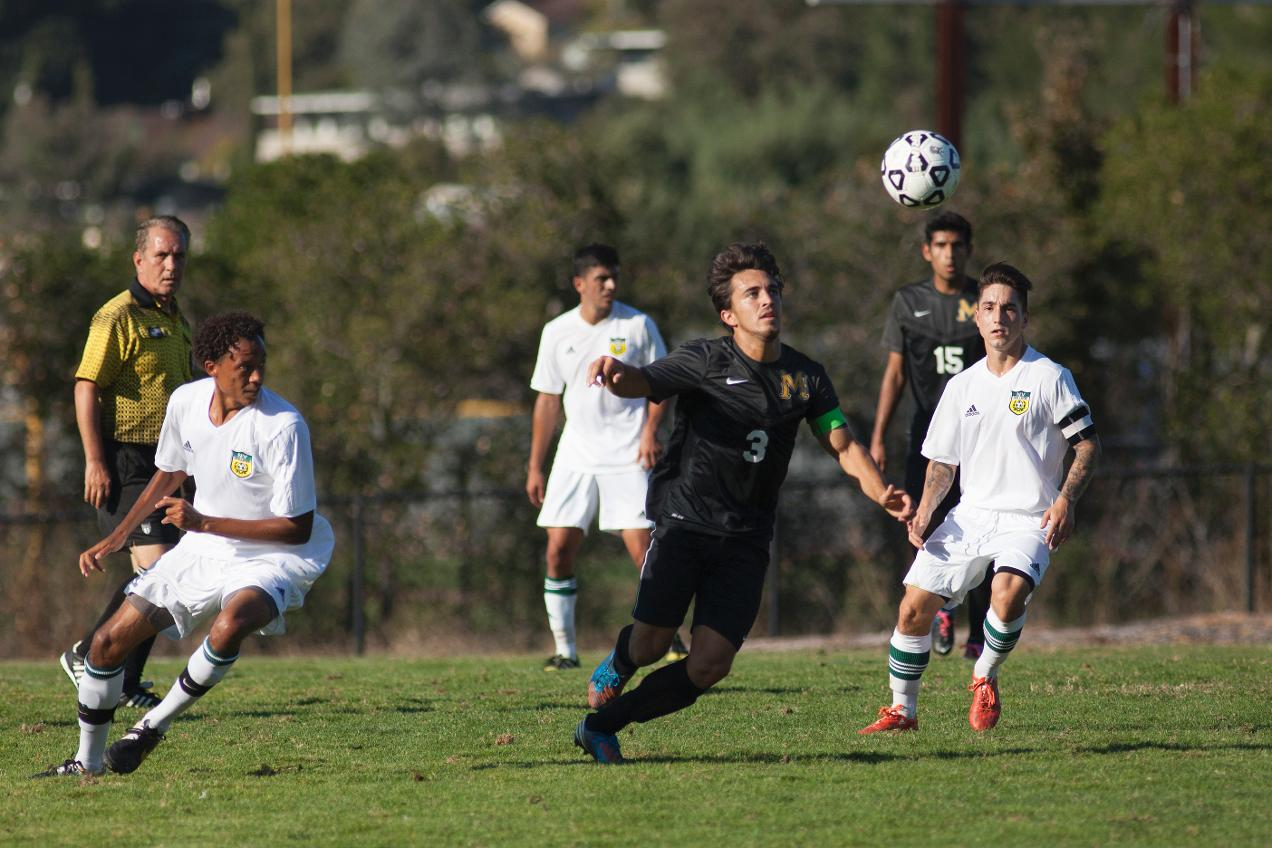 Men's Soccer Downs Folsom Lake At Home 3-2