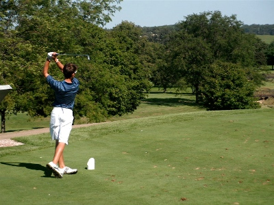 "Golfers ""get a lesson"" at UW-Parkside"