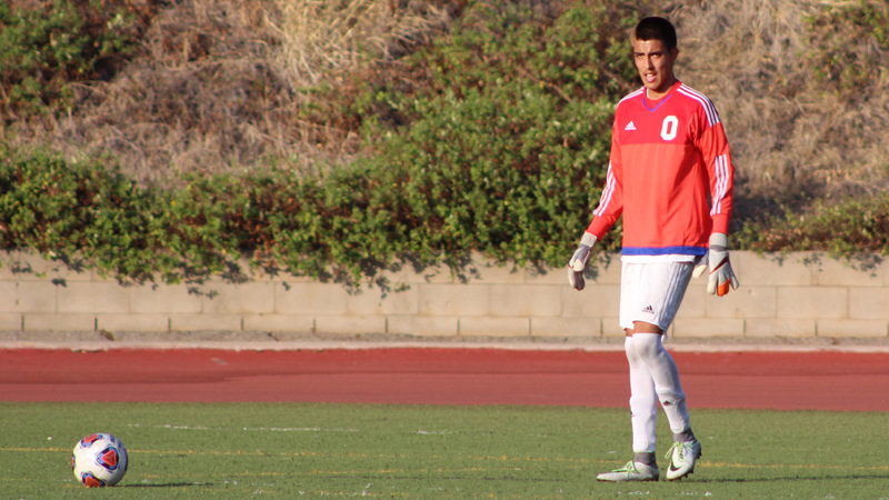 Freshman keeper Jorge Quinones Guerrero had nine saves, including stopping a penalty kick in the first half, in Citrus' 1-0 loss to Norco College.