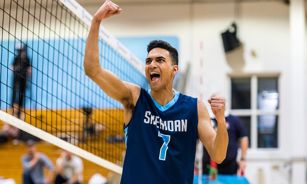 Men's volleyball comeback attempt stalls in 5th set