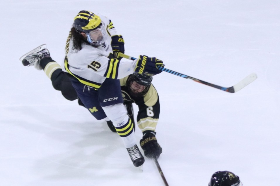 Wolverines fall to Buffaloes at ACHA Nationals