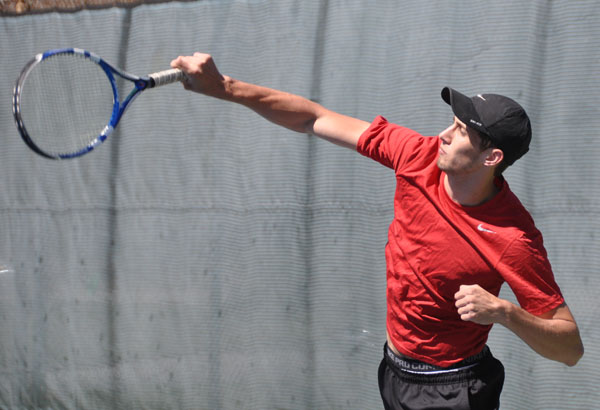 Men's Tennis: Greensboro downs Panthers 5-4