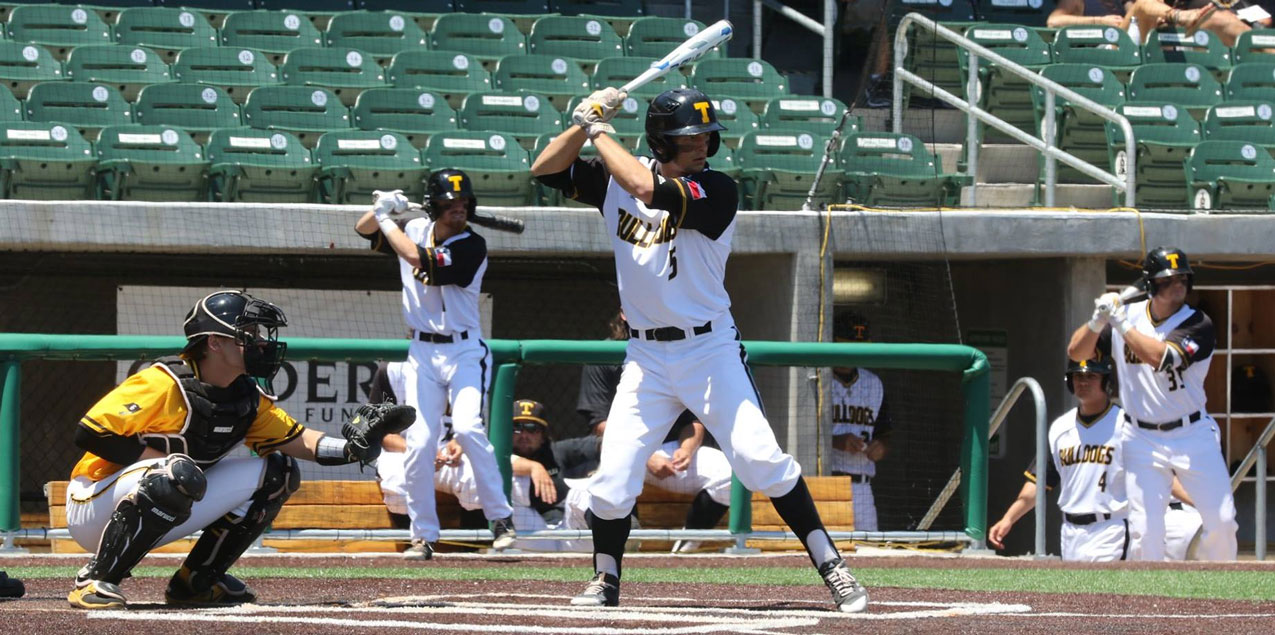 Texas Lutheran Walks Into Sunday's Championship Game with Win Over Southwestern