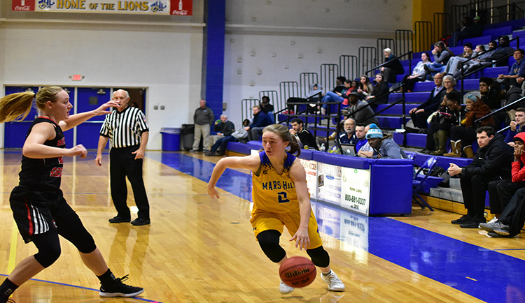 Boggs records double-double versus Catawba