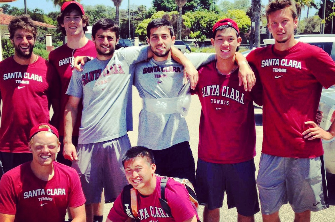No. 59 Men's Tennis Beats USF 4-0 in WCC Quarterfinals; Faces Top-Seeded No. 44 USD on Friday