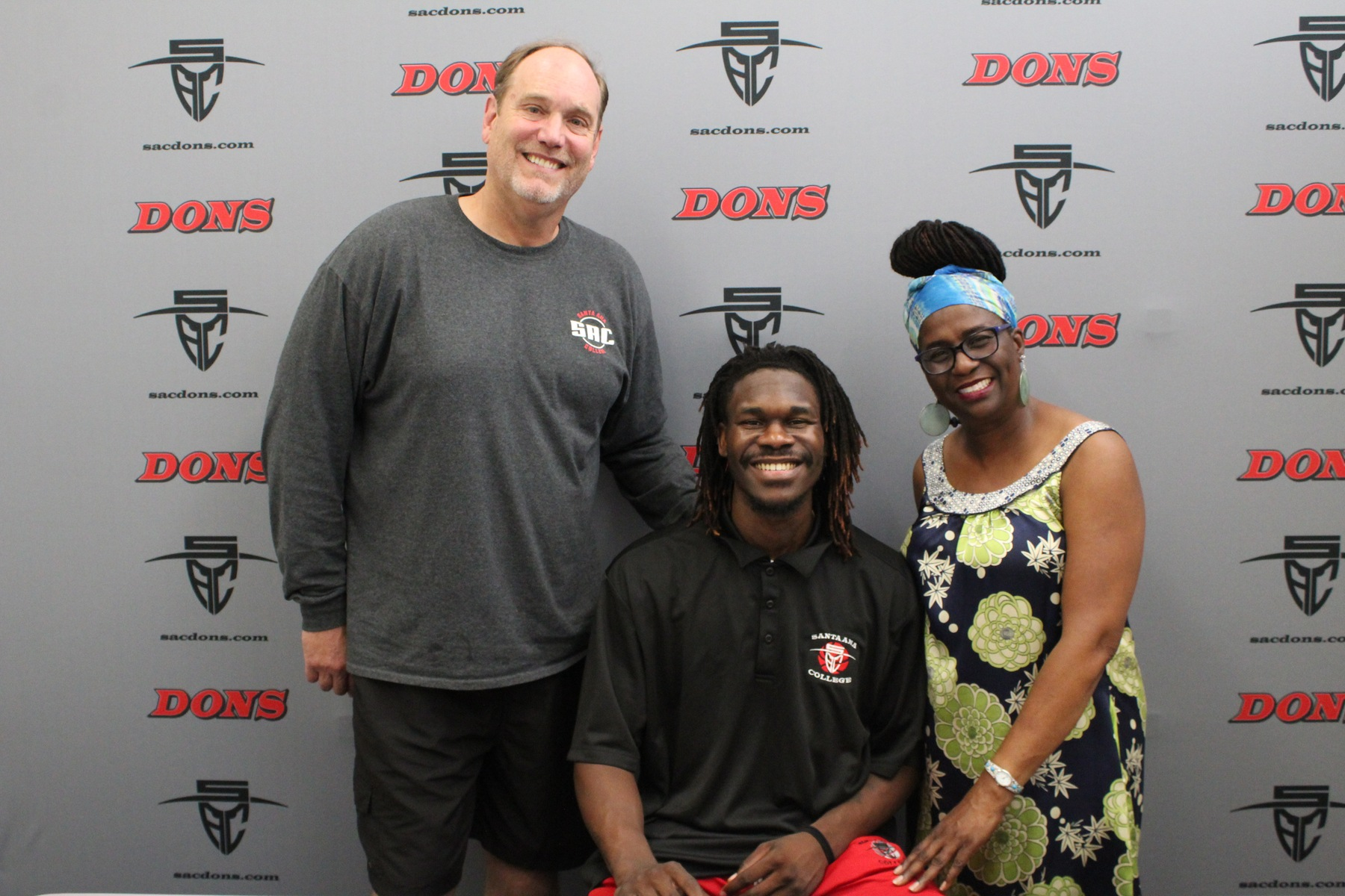 Anderson Signs Letter of Intent to Dean College