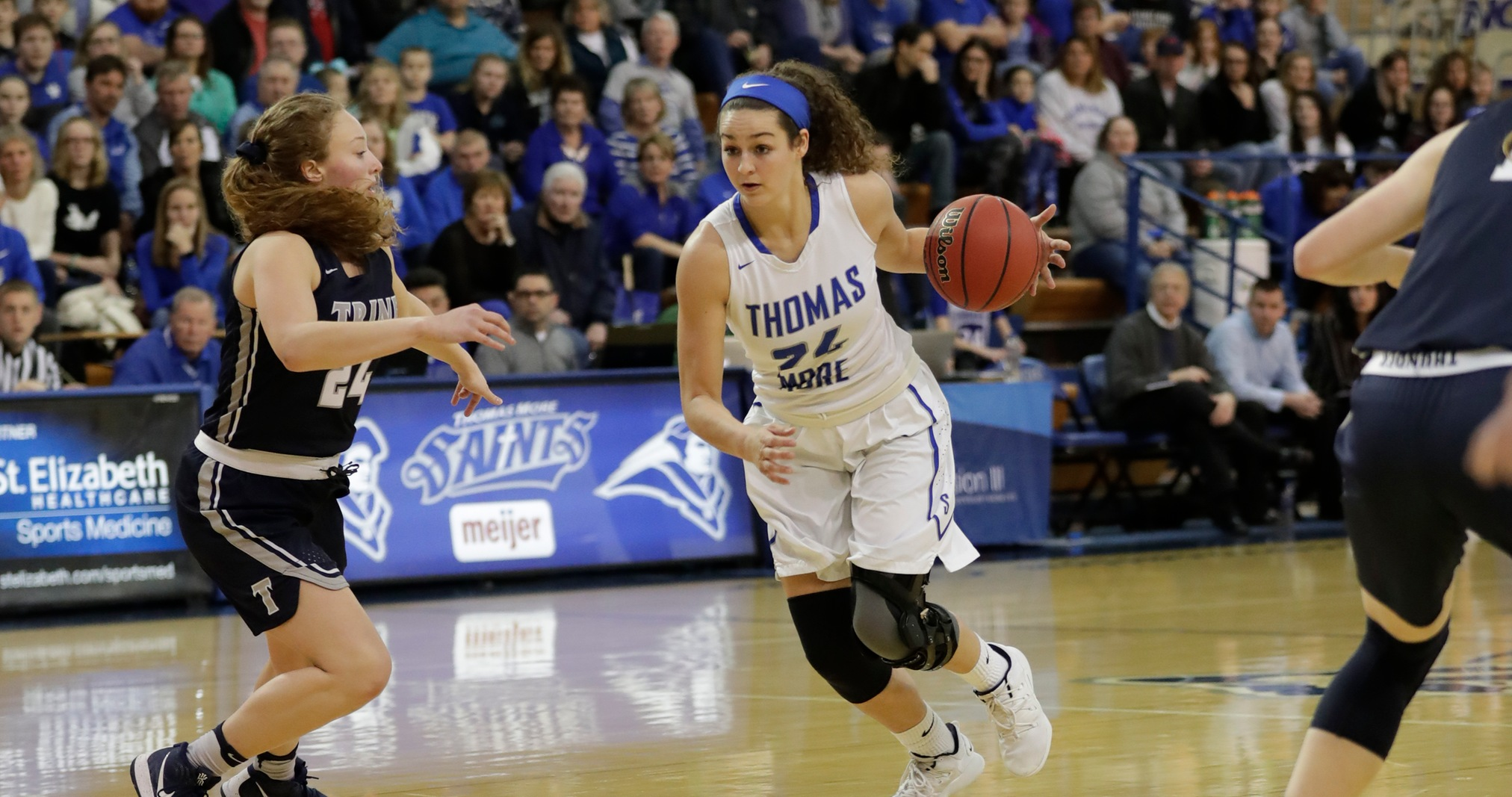 No. 1 Thomas More Rallies to Defeat No. 5 Trine in NCAA Second Round