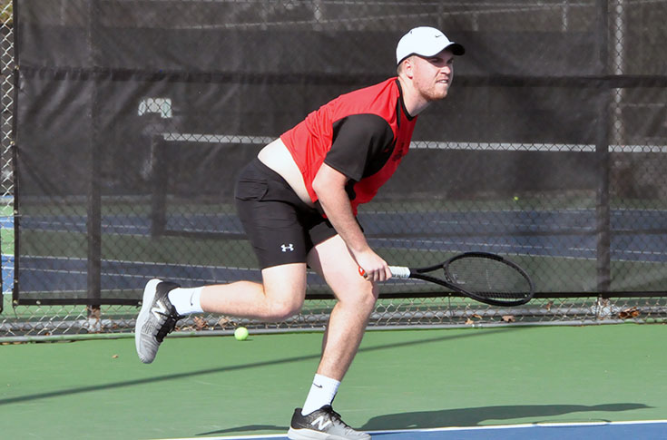 Men's Tennis: Panthers roll over Maryville for fifth straight win
