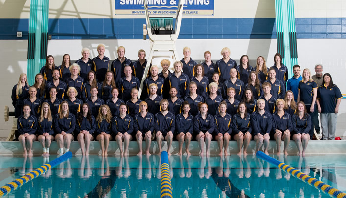 Blugold Swimming & Diving Distributes 2013-14 Team Awards