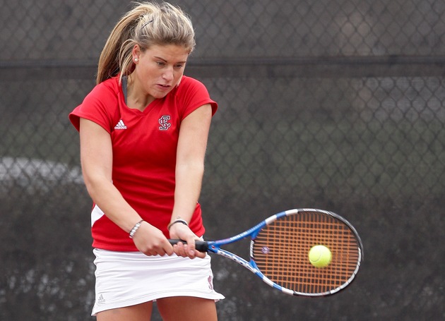 Women's Tennis Freshmen Pick Up WCC Accolades