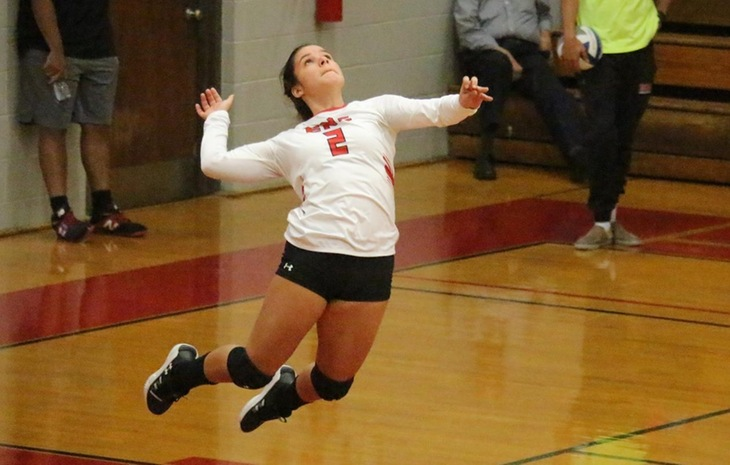 Women's Volleyball Overpowers Bay Path to Remain Unbeaten in League Action