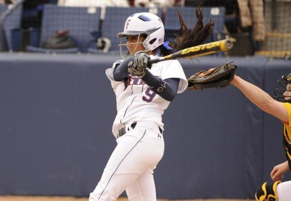 Titans Run-Rule No. 15 Rainbow Wahine