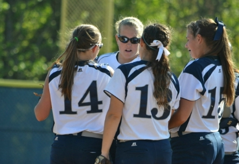 UMW Softball Tops Frostburg, 8-0 in Five Innings, in CAC Tourney 2nd Round