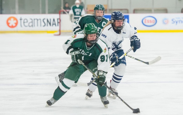 Panthers give up four goals in third period; lose 5-3 to X-Women
