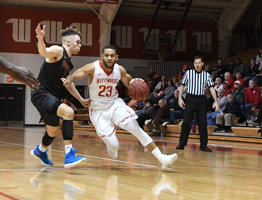 No. 11 Men's Hoops Blows By Bryant-Stratton In Kiwanis Classic