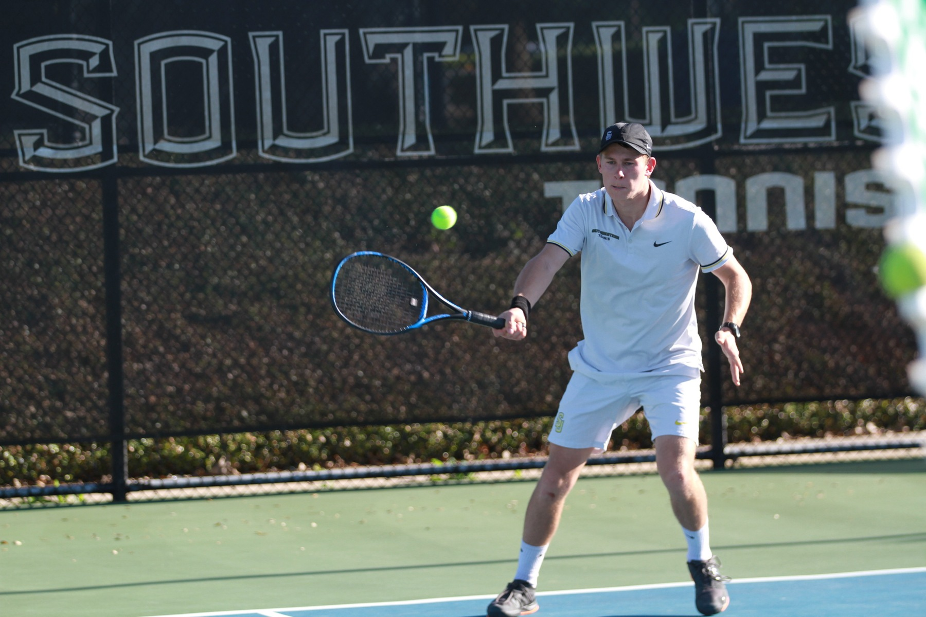 Men's Tennis Falls to Redlands in Final Game of California Road Trip