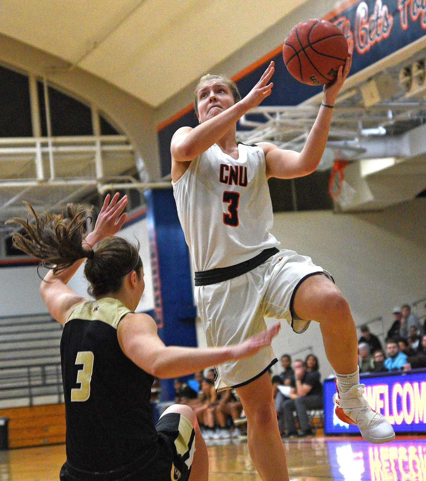 C-N's missed chances stymie upset bid of No. 18 Anderson