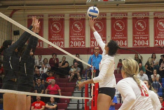 #12 Mesa Wins First Round Barn Burner in Five Sets vs Glendale; Plays #10 Scottsdale at 2 pm Friday