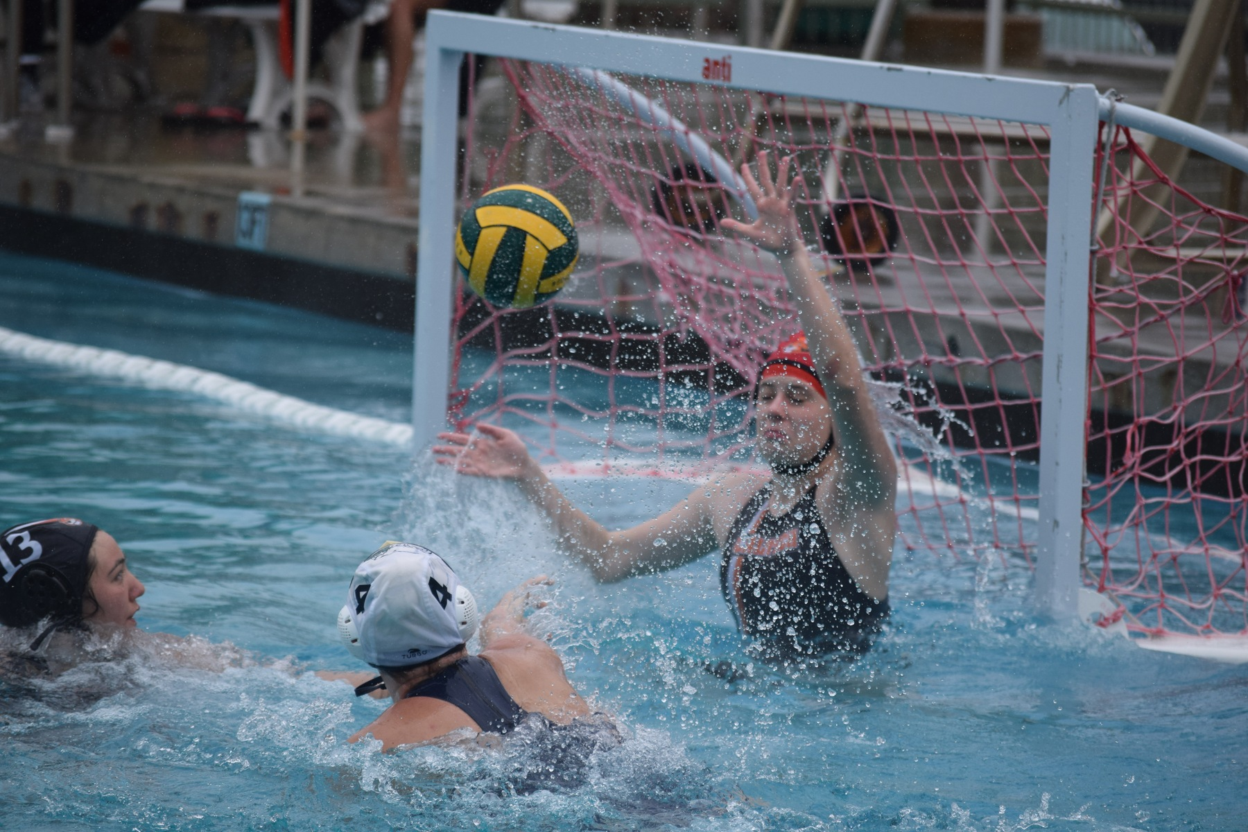 Women's Water Polo Endures Lightning, PSB For First Win Since 2017